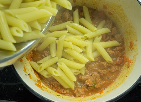 Add cooked pasta