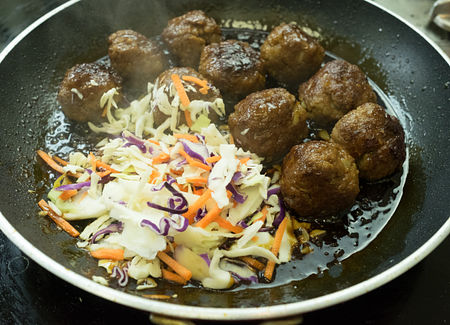 Add the cabbage mix to te meatballs