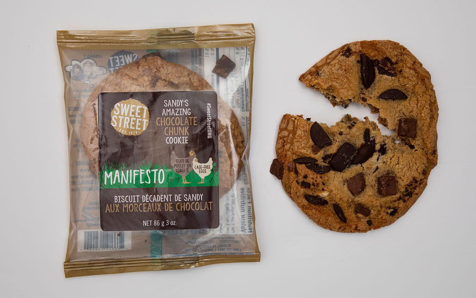 Sandy's Amazing Chocolate Chunk Manifesto Cookie