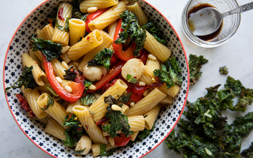 Grilled kale and pasta salad