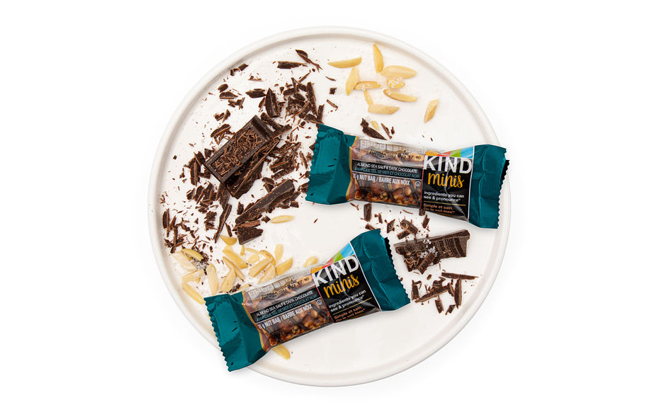 Almond Sea Salt & Dark Chocolate Minis Bar